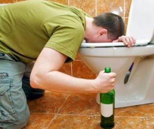 Що робити при отруєнні алкоголем