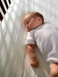кашель у дитини до року комаровский