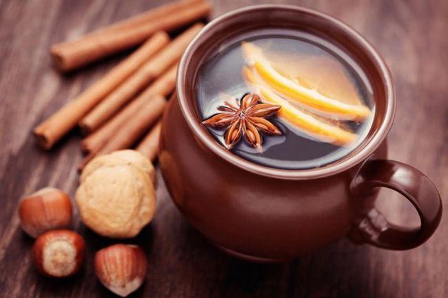 Мед з вином і лимоном при фарингіті